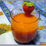 Succo di frutta: fragole, mele e carote