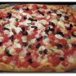 Pizza rustica con olive