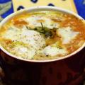 Cocotte di zucca e uova al profumo di limone e salvia.