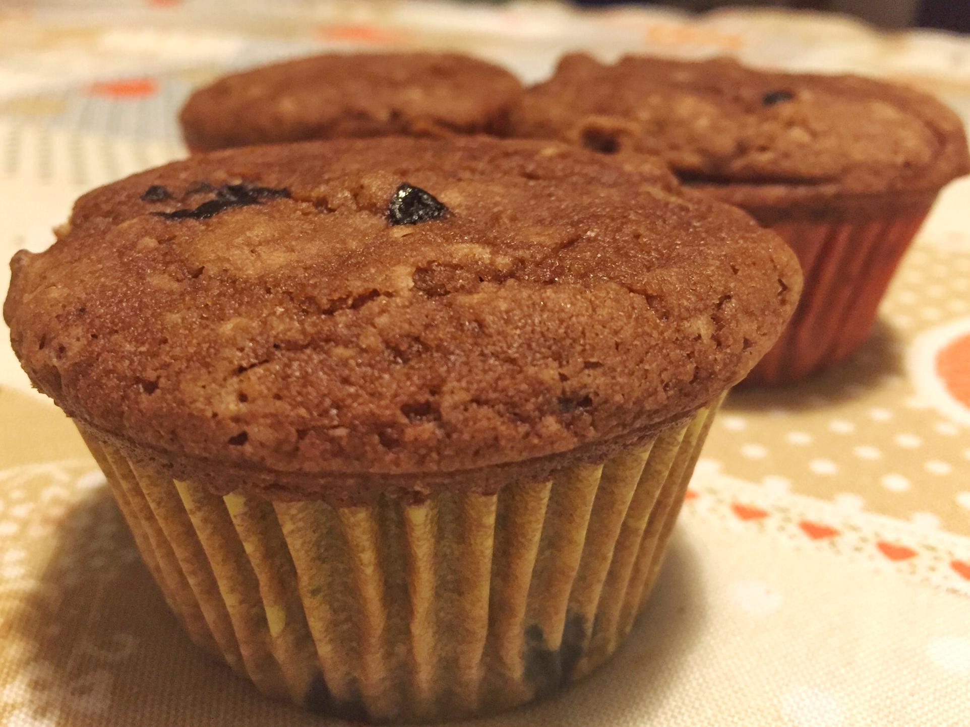 Muffin ricotta, cioccolato e mirtilli.